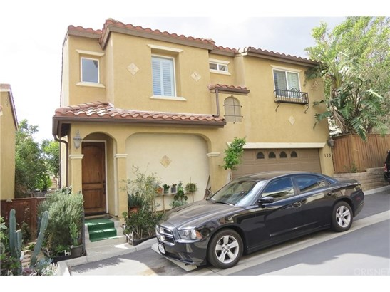 Single Family Residence, Spanish - Sylmar, CA (photo 1)