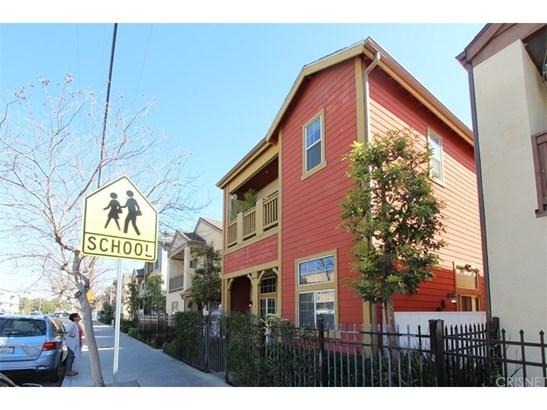 Single Family Residence, Craftsman - North Hills, CA (photo 1)