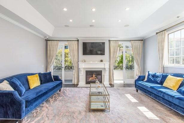 Condominium, Contemporary - Westwood - Century City, CA
