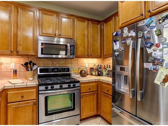 Single Family Residence, Contemporary - Valencia, CA (photo 4)