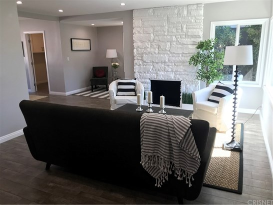 Single Family Residence, Traditional - Sherman Oaks, CA (photo 3)