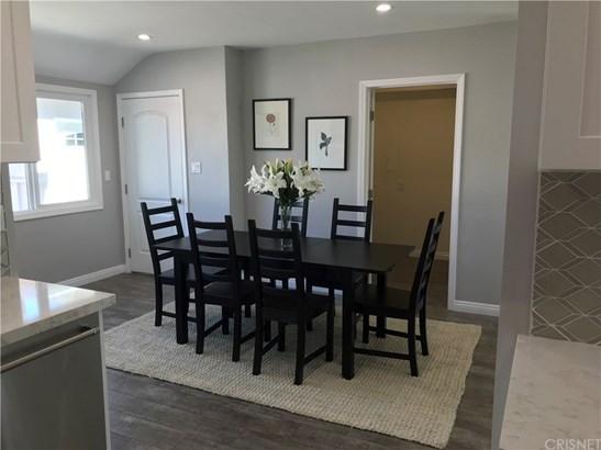 Single Family Residence, Traditional - Sherman Oaks, CA (photo 5)
