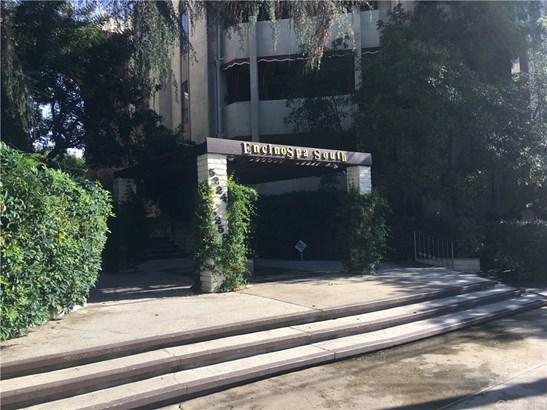 Condominium, Contemporary - Encino, CA (photo 2)