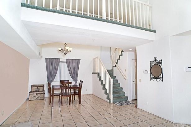 Single Family Residence - North Hills, CA (photo 2)