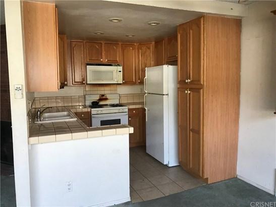 Condominium - Canoga Park, CA (photo 2)