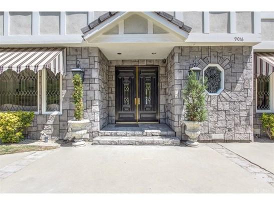 Single Family Residence, Custom Built - Northridge, CA (photo 5)
