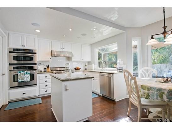 Single Family Residence - Saugus, CA (photo 4)