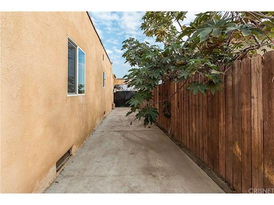 Single Family Residence, Spanish - Los Angeles, CA (photo 3)