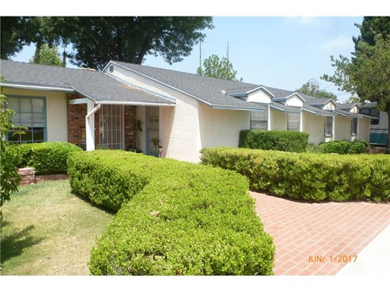 Single Family Residence, Ranch - North Hills, CA (photo 1)