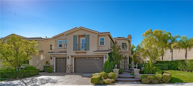 Mediterranean, Single Family Residence - Canyon Country, CA