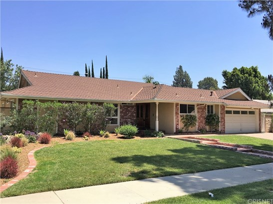 Single Family Residence, Ranch - Porter Ranch, CA (photo 1)