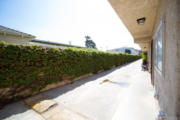 Condominium - Santa Monica, CA (photo 4)