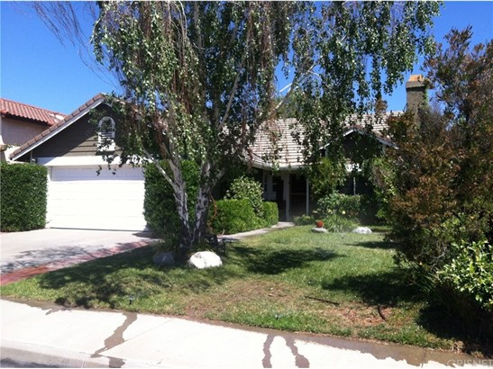 Single Family Residence, Traditional - Saugus, CA (photo 1)