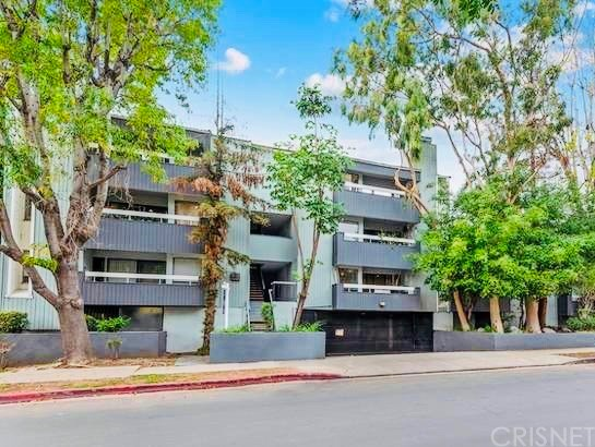 Condominium - Los Angeles, CA