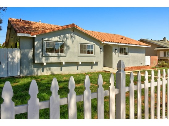 Single Family Residence, Modern - North Hills, CA (photo 1)
