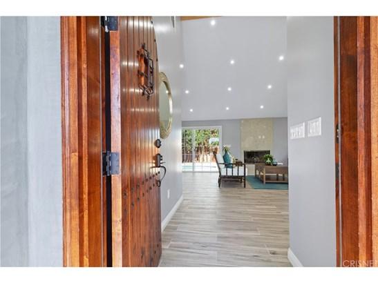 Single Family Residence, Modern - North Hills, CA (photo 2)