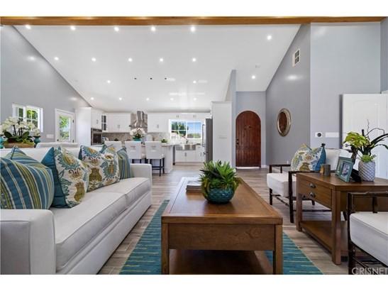 Single Family Residence, Modern - North Hills, CA (photo 3)