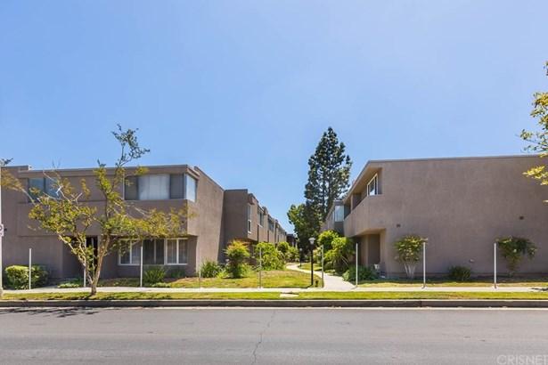 Townhouse - Tarzana, CA (photo 1)