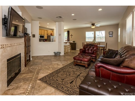 Single Family Residence - Valencia, CA (photo 2)