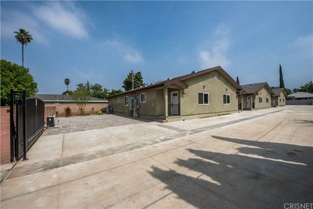 Residential Income - Sylmar, CA