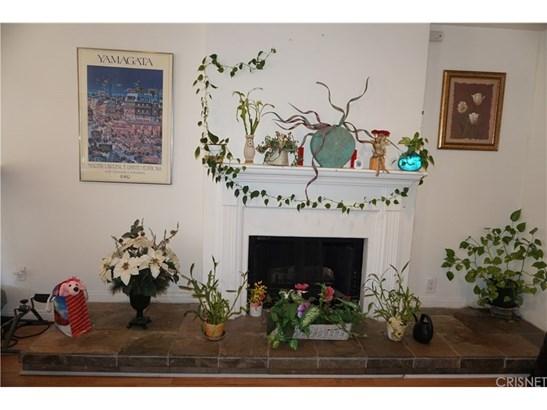Single Family Residence - Canoga Park, CA (photo 3)