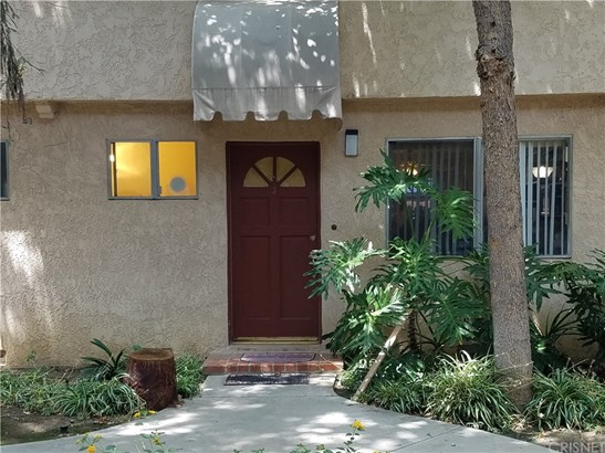 Townhouse - Northridge, CA (photo 1)