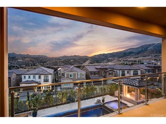 Single Family Residence, Contemporary - Porter Ranch, CA (photo 3)