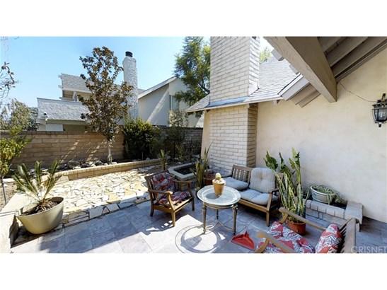 Single Family Residence, Spanish - Valencia, CA (photo 2)