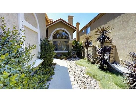 Mediterranean, Single Family Residence - Saugus, CA (photo 3)
