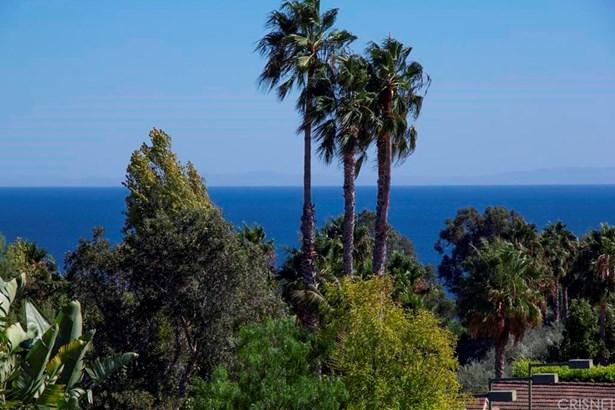 Single Family Residence, Bungalow,Mediterranean - Malibu, CA