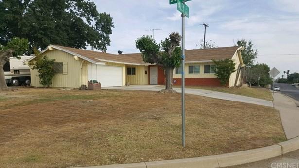 Single Family Residence, Contemporary - Bakersfield, CA (photo 1)