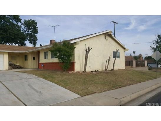 Single Family Residence, Contemporary - Bakersfield, CA (photo 2)