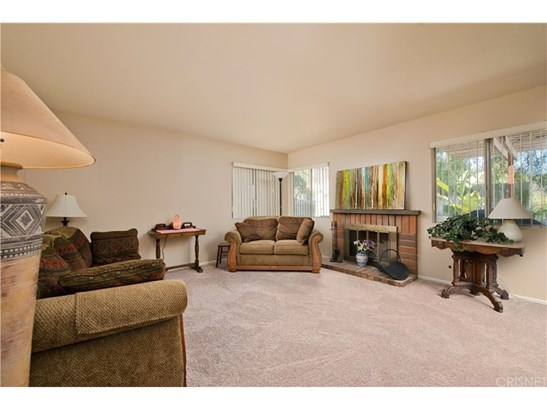 Townhouse - Canyon Country, CA (photo 2)