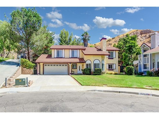 Single Family Residence, Traditional - Canyon Country, CA (photo 1)