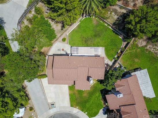 Single Family Residence, Traditional - Canyon Country, CA (photo 5)