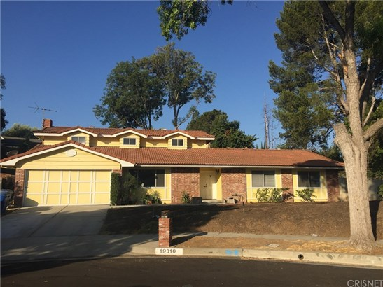 Single Family Residence, Traditional - Northridge, CA