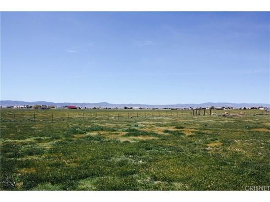 Single Family Residence - Lancaster, CA (photo 4)