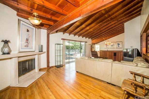 Single Family Residence, Ranch - Granada Hills, CA (photo 3)