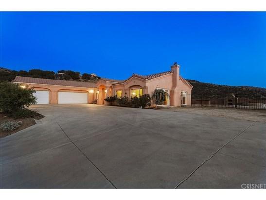 Single Family Residence - Agua Dulce, CA (photo 1)