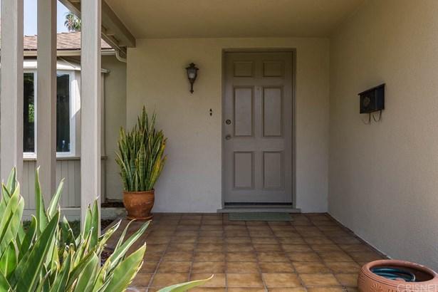 Single Family Residence, Traditional - Glendale, CA (photo 2)