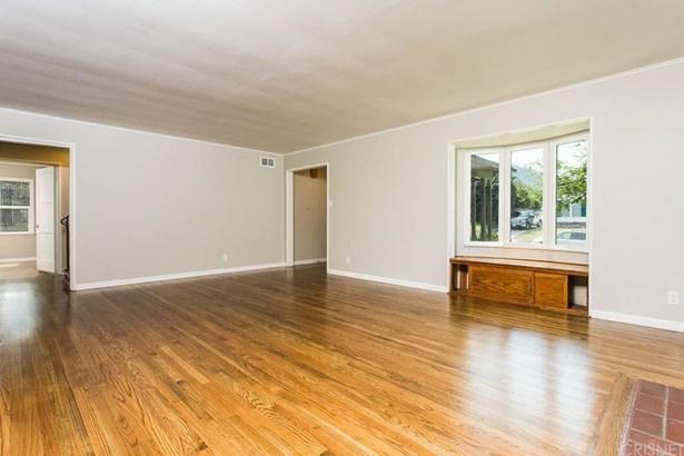 Single Family Residence, Traditional - Glendale, CA (photo 4)
