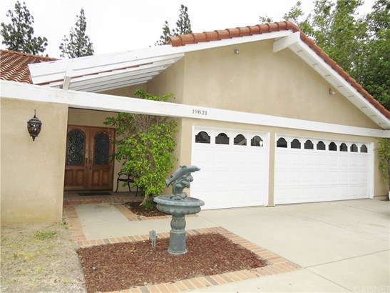 Mediterranean, Single Family Residence - Chatsworth, CA