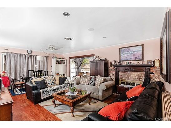 Single Family Residence - San Fernando, CA (photo 4)