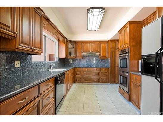 Single Family Residence, Traditional - Encino, CA (photo 2)