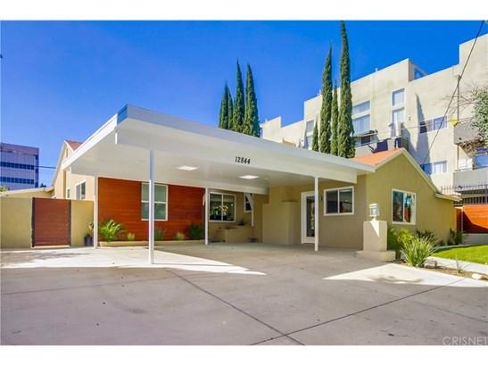 Single Family Residence - Valley Village, CA (photo 2)