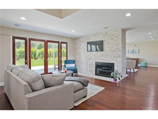 Single Family Residence, Modern - Tarzana, CA (photo 5)