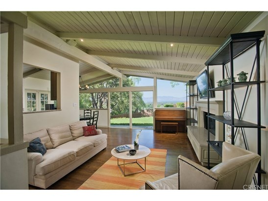 Single Family Residence, Mid Century Modern,Traditional - Encino, CA (photo 2)
