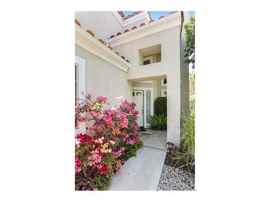 Single Family Residence, Traditional - Calabasas, CA (photo 2)