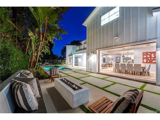 Single Family Residence, Cape Cod,Contemporary - Encino, CA (photo 2)