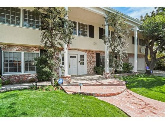 Single Family Residence, Georgian - Northridge, CA (photo 1)
